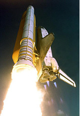 Image of shuttle liftoff